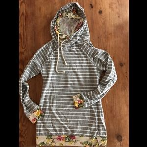 Floral striped doublehood